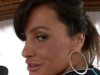 Busty mature Lisa Ann analed by big dick
