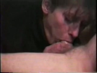 Dirty ugly mature bitch provides my buddy's tool with a quite nice BJ