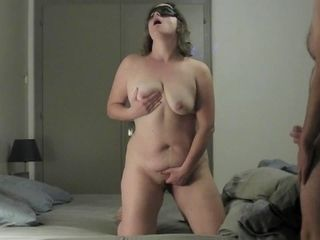 Real cougar Knows How to Make it spunk