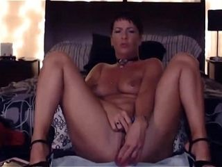 Glorious cougar Natasha Sparx with lengthy gams and superb butt