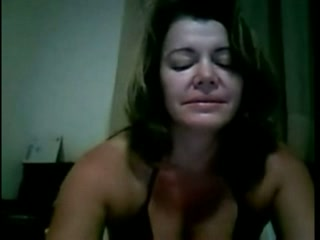 Short haired Brazilian webcam nympho flashed me half tanned titties