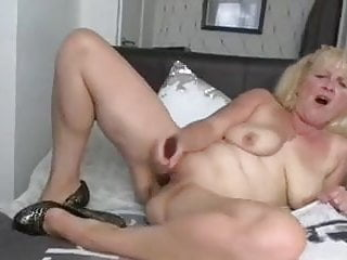 Uk mature chats grubby nails her muff