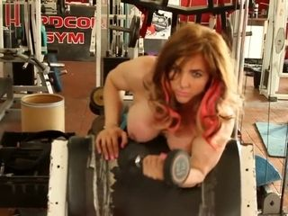Tabbyanne sumptuous Muscle stunner naked exercise in liverpool xxx gym public