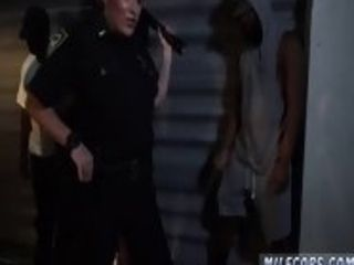 Sumptuous dark-hued female fellate first-ever time humid video seizes police poking a deadbeat father.