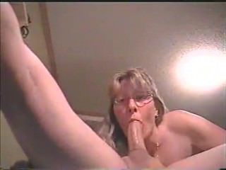 UGLY MATURE SHOWS SHE CAN STILL MAKE COCK GROW HARD WITH DEEPTHROAT SKILLS7