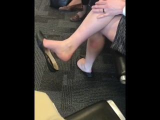 Dual suspending / Dipping in well-worn flats at Airport pt.1