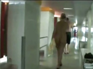 Spying nude miilf from the back in public