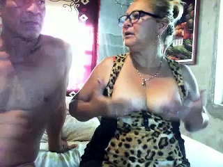 Mature ginormous dame doing blowage