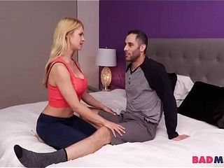 Oblivous day Gets Blowjob foreigner mam