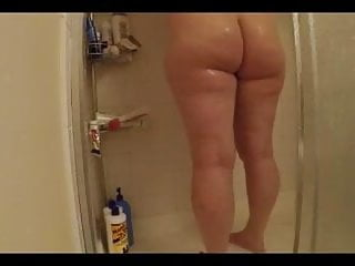 Huge ass plus-size stripping and Taking a bathroom