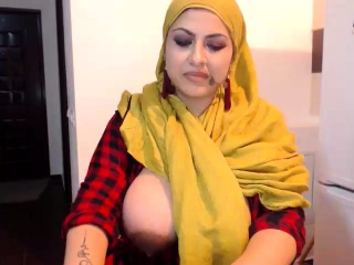 Phat fun bags doll dances on web cam more movies at
