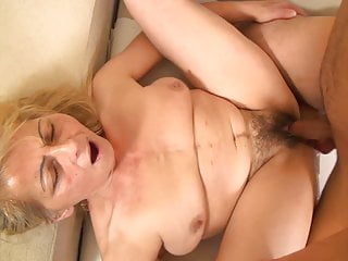 Naughty grandmom tempted by her sonny